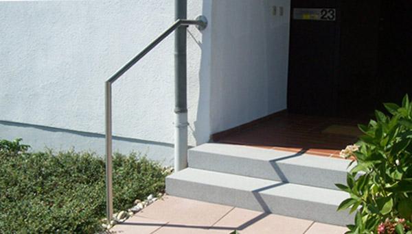 Treppenhandlauf Edelstahl - V2A mit Stift Wand