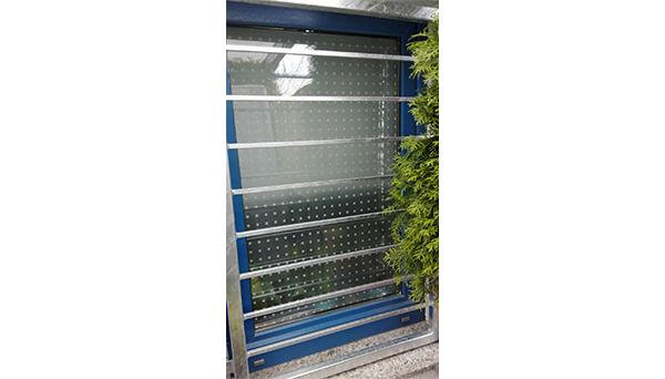 Fenstergitter verzinkt - Modell Querstab