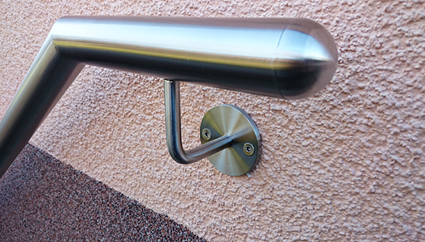 Handlauf Edelstahl - Endkappe Halbkugel Detailfoto