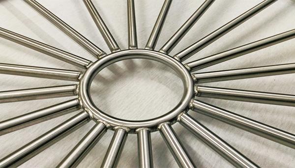 Fenstergitter Edelstahl - Modell Sonne Kreis Detailfoto