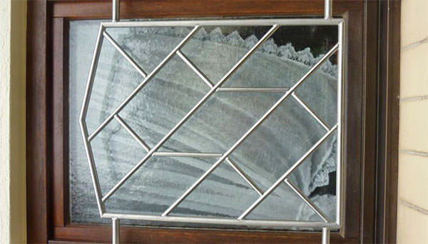 Fenstergitter Edelstahl - Sonderanfertigung