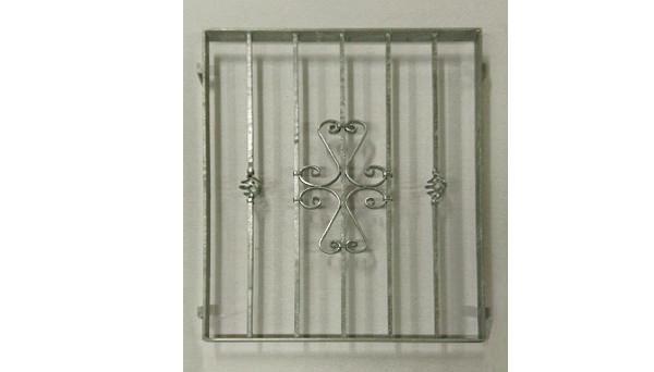Fenstergitter verzinkt - Modell Schnörkel